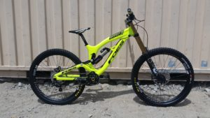 2015-foes-racing-hydro-h2-downhill-bike